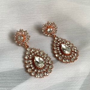 Jewelry - Rose Gold Crystal Earrings